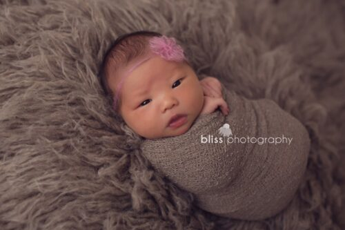 Little Knitwitz | Loom Flower - Photo by Bliss Photography