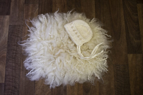 Felted fur bonnet set