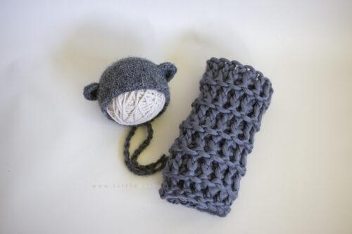 bear bonnet Textured mini blanket set
