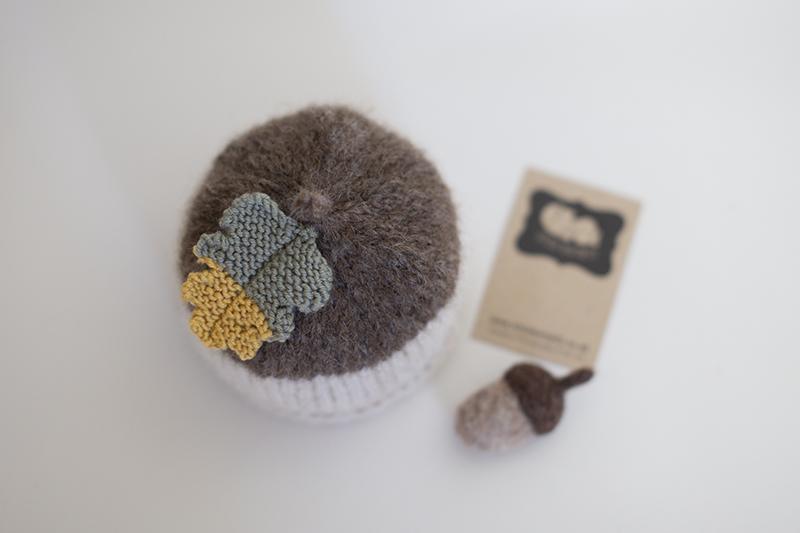 Newborn Acorn Hat & Acorn feltie