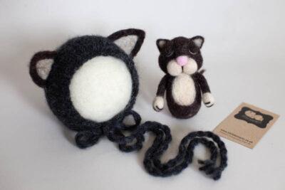 Newborn Cat Bonnet
